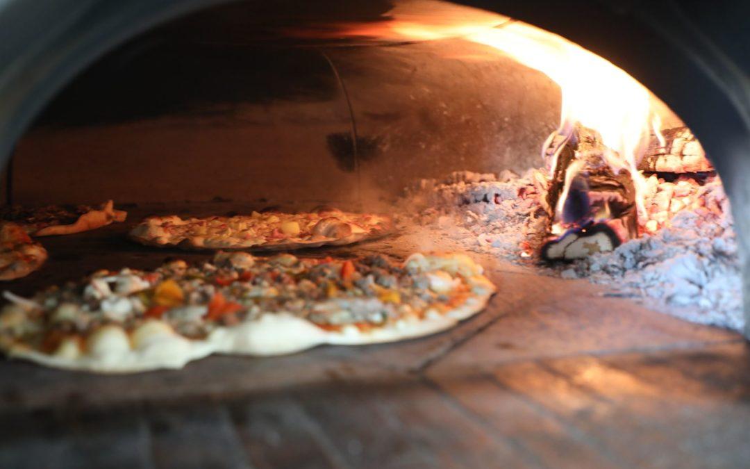 Pizza à emporter à Le Ménil : faites appel à La Lau'nia